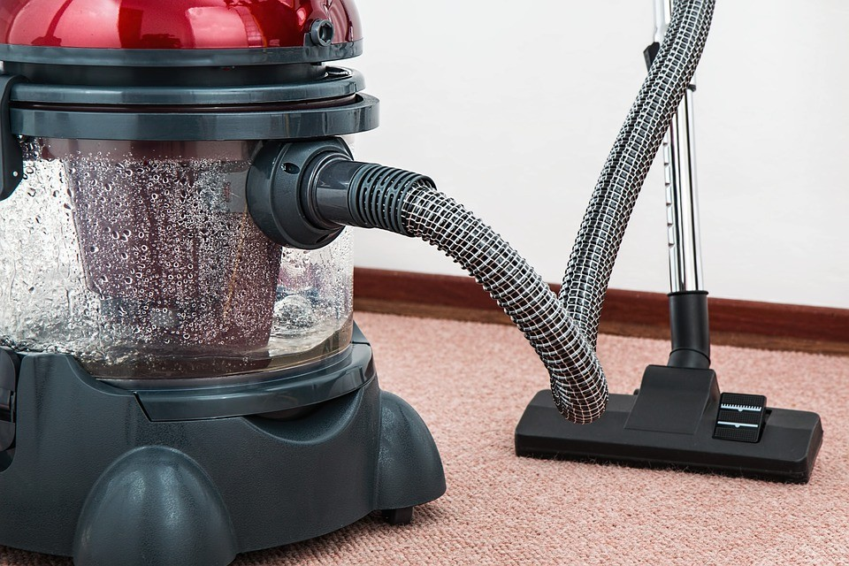 carpet-cleaning-machine